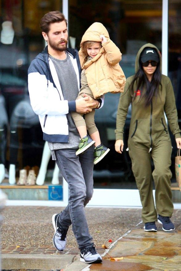 kourtney-kardashian-scott-disick-relationship-co-parenting-plan-10
