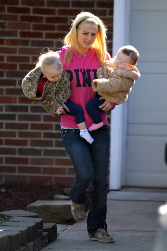 EXCLUSIVE: INF - Leah Messer Takes The Twins To Sunday School