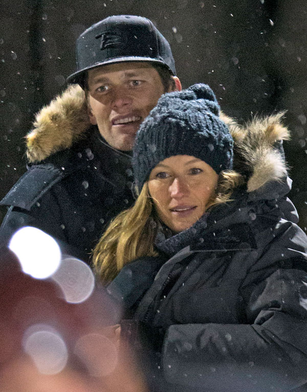 tom-brady-gisele-bundchen-marriage-trouble-kiss-pda-hockey-game-02