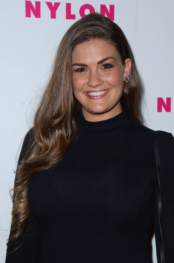 brittany-cartwright-jax-taylor-vanderpump-rules-boob-job-plastic-surgery-07