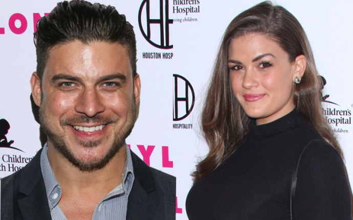 brittany cartwright jax taylor vanderpump rules boob job plastic surgery