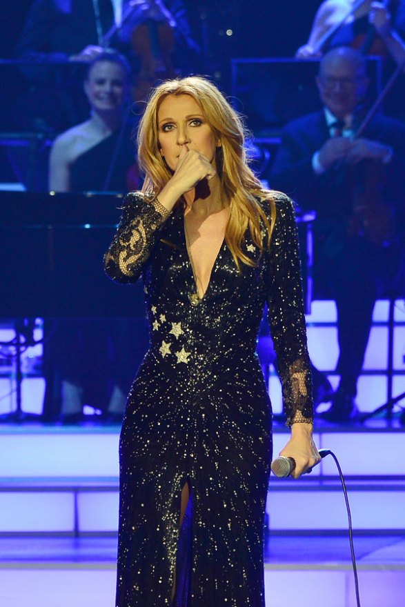 celine-dion-husband-dead-performs-residency-las-vegas-02