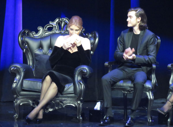 celine-dion-touching-tribute-husband-rene-angelil-pics-05