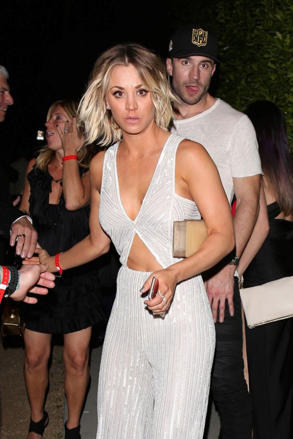 kaley cuoco jumpsuit 2016 grammys after party