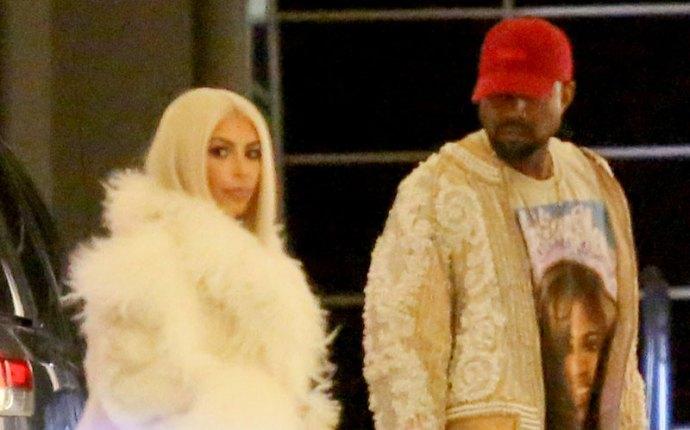 Kim Kardashian Kanye West Yeezy 3 Fashion Show