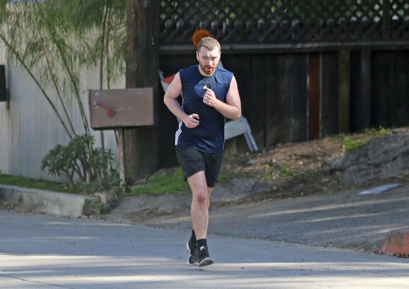 sam-smith-weight-loss-running-fitness-pics-04