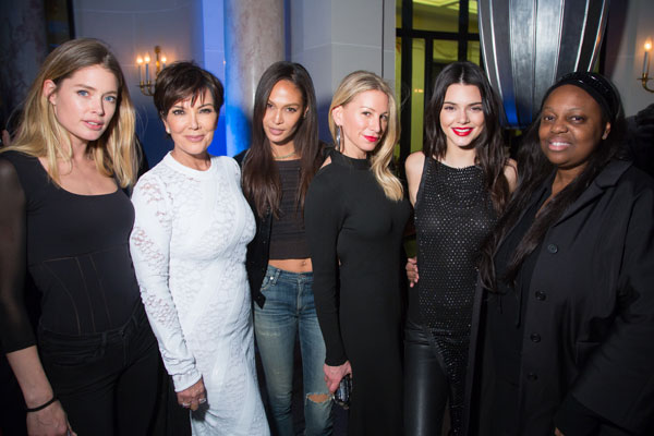 kris-jenner-kendall-jenner-paris-fashion-week-party-pics-02