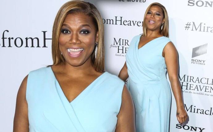 queen latifah pregnant baby boy red carpet