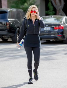 Celebrity-Workout-bodies-exercise-gear-001