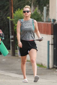 Celebrity-Workout-bodies-exercise-gear-003