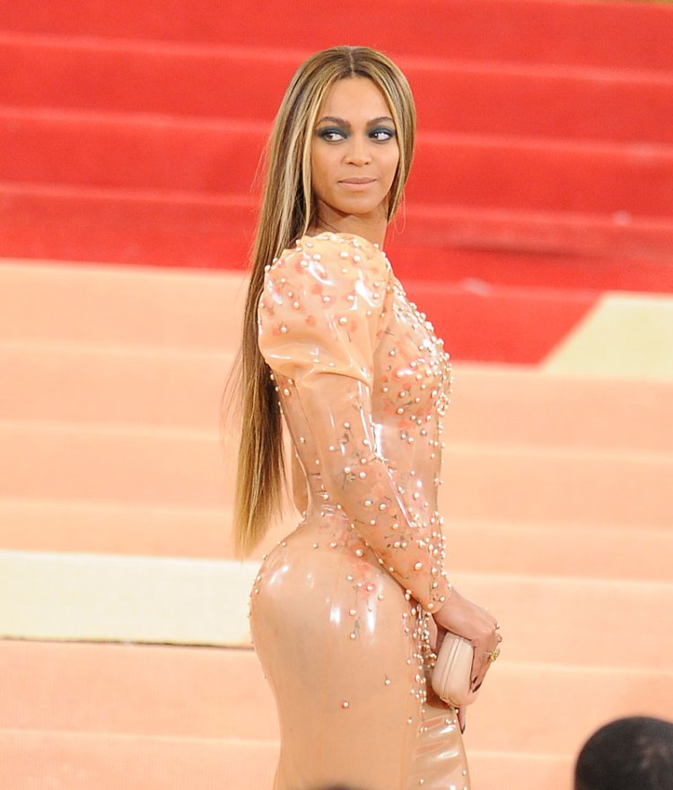 beyonce-parties-without-jay-z-at-met-gala-04