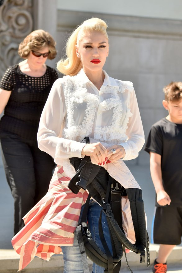 gwen-stefani-quitting-voice-after-fight-04