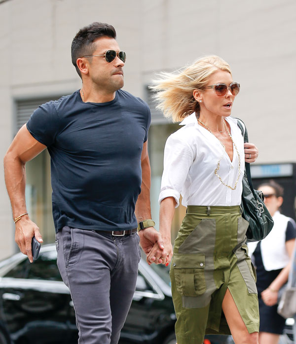 live-with-kelly-ripa-mark-consuelos-husband-work-together-host-05