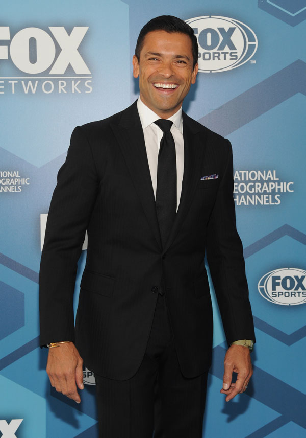 live-with-kelly-ripa-mark-consuelos-husband-work-together-host-08