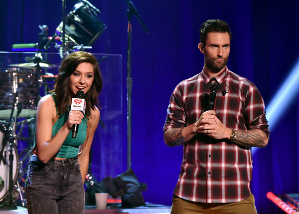 christina-grimmie-dead-adam-levine-pays-funeral-the-voice-03