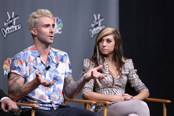 christina-grimmie-dead-adam-levine-pays-funeral-the-voice-04