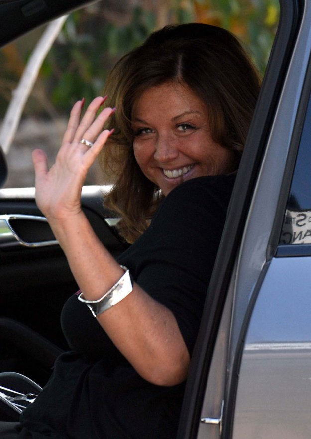 dance-moms-abby-lee-miller-pleads-guilty-bankruptcy-fraud-facing-jail-time-01