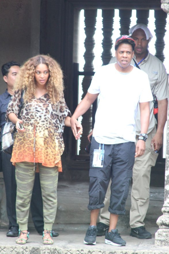 jay-z-beyonce-wedding-mom-designed-dress-hated-today-show-interview-04