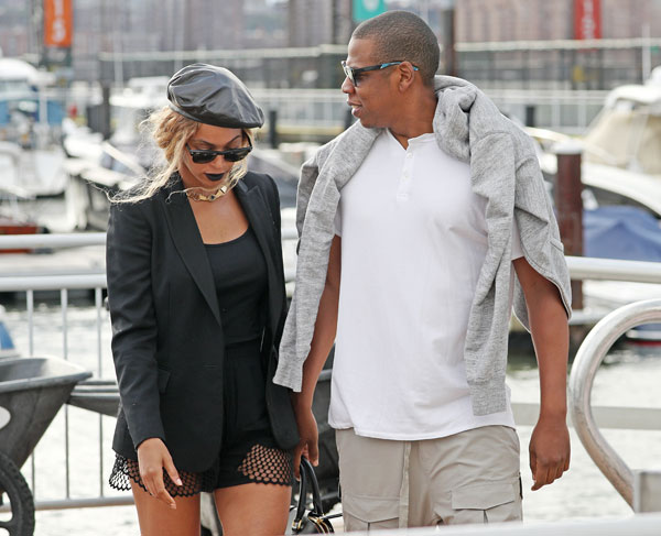 jay-z-beyonce-wedding-mom-designed-dress-hated-today-show-interview-08