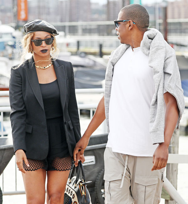 jay-z-beyonce-wedding-mom-designed-dress-hated-today-show-interview-09