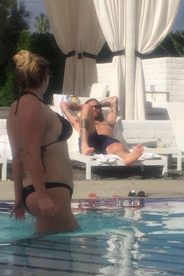 kesha-naked-bikini-body-boyfriend-pics-2