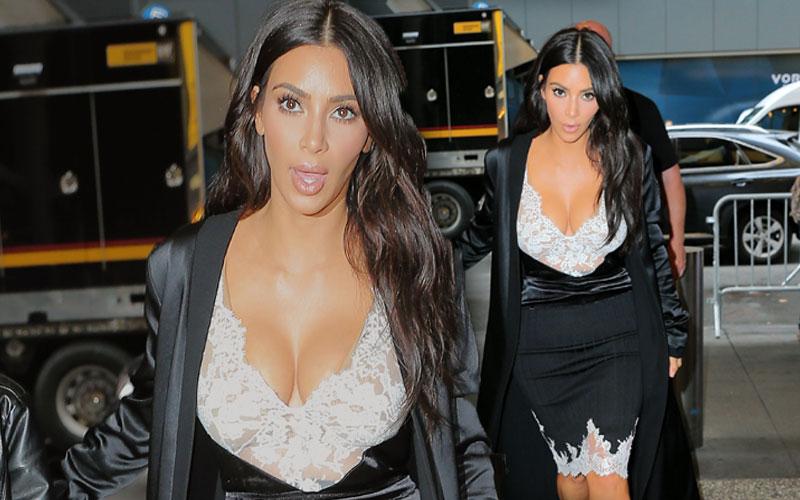 kim-kardashian-boobs-topless-kanye-west-jelous-pics-06