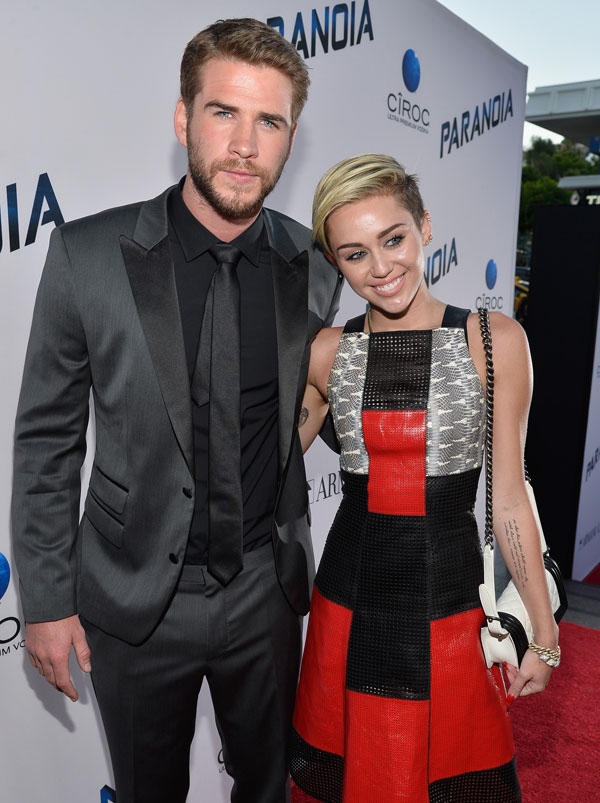 liam-hemsworth-chris-hemsworth-knife-miley-cyrus-wedding-06