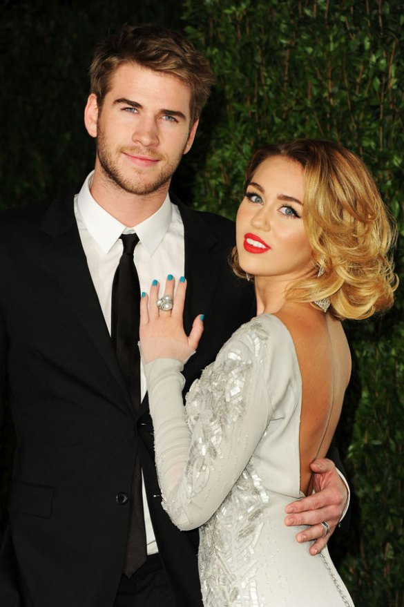miley-cyrus-liam-hemsworth-secret-wedding-instagram-01