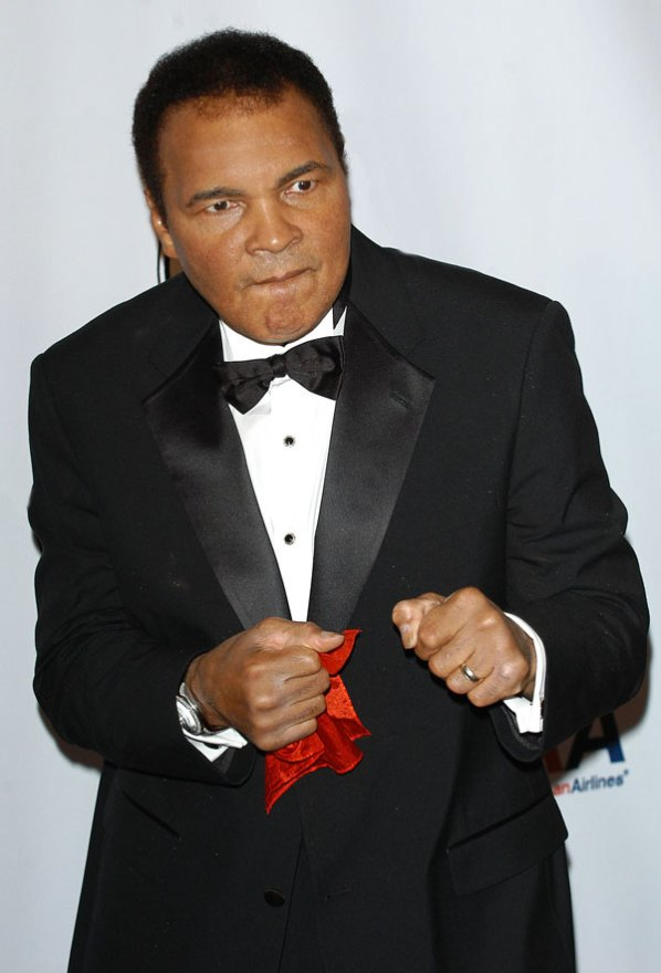 muhammad-ali-dead-pic-prince-daughter-twitter-03