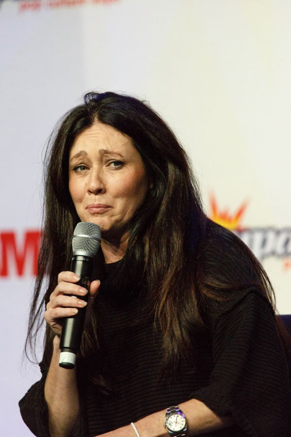shannen-doherty-cancer-radical-decision-01