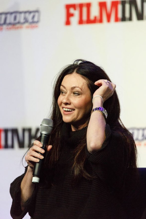 shannen-doherty-cancer-radical-decision-06