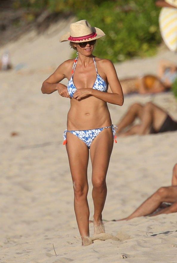 heidi-klum-naked-bikini-butt-wardrobe-malfunction-pics-6