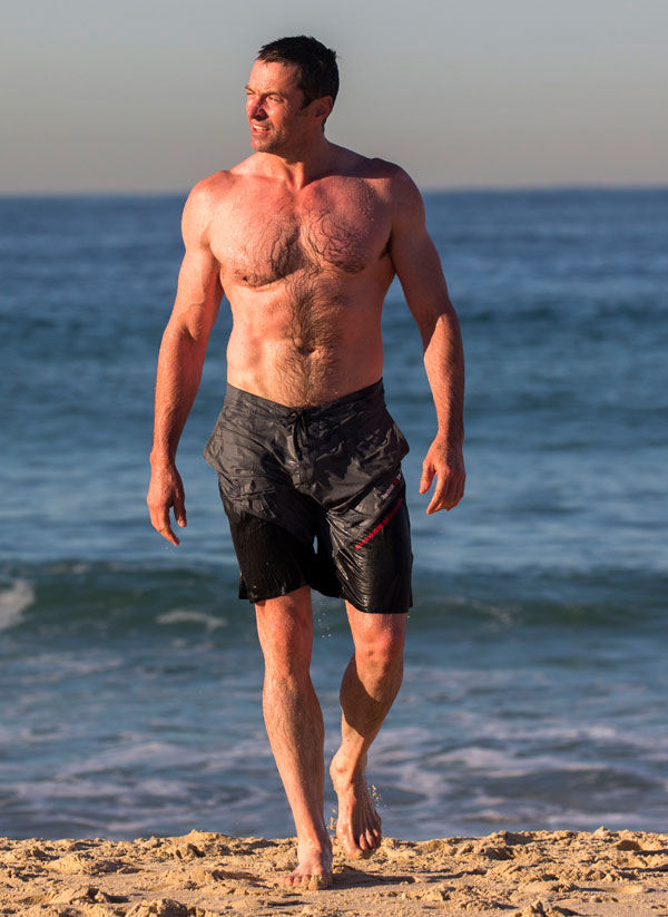 hugh-jackman-shirtless-workout-cancer-beach-pics-6