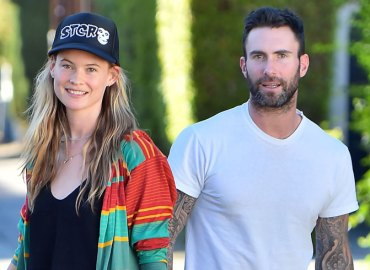 Adam levine shares first photo baby daughter dusty rose levine