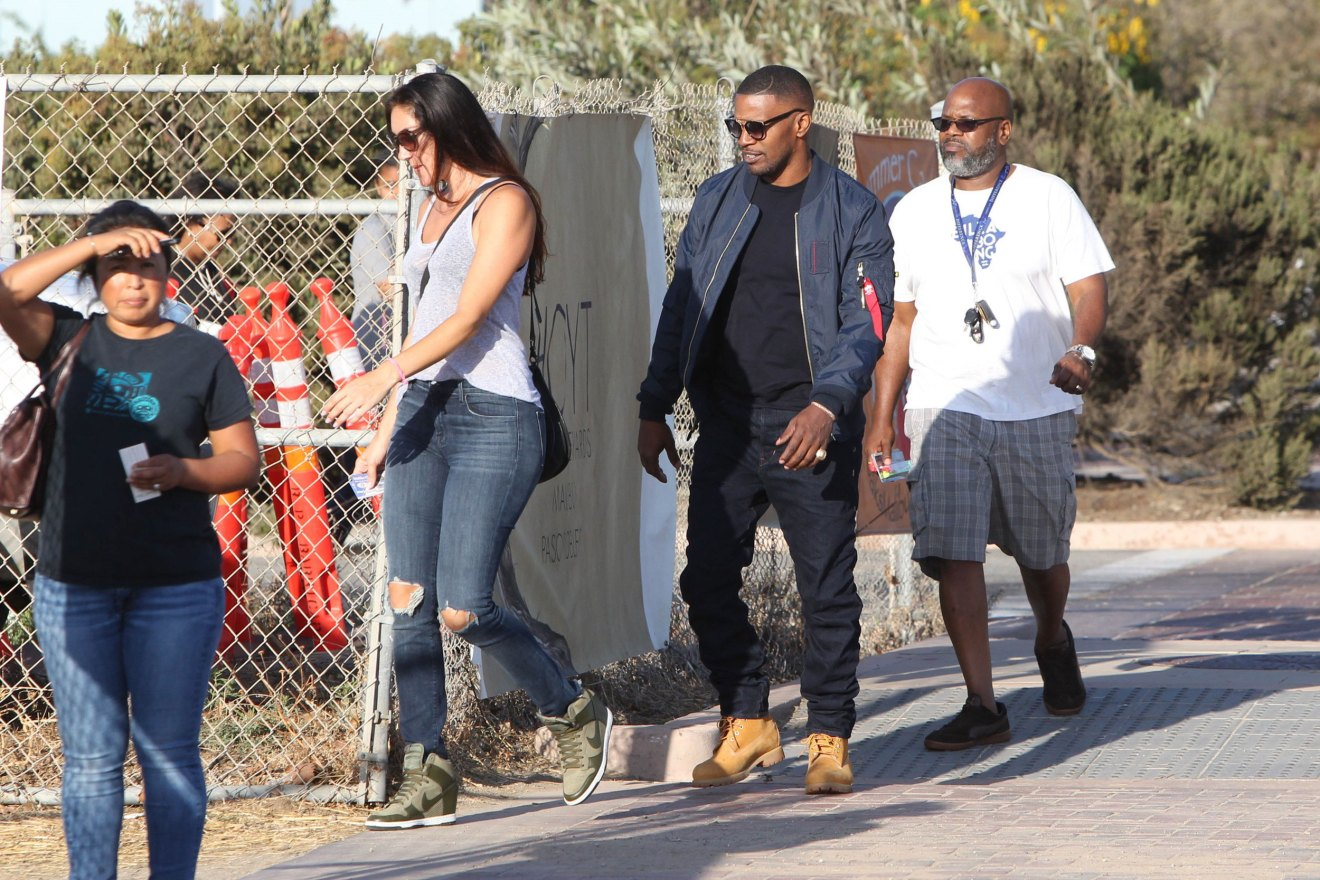 katie-holmes-jamie-foxx-dating-engaged-mystery-woman-butt-photos-5