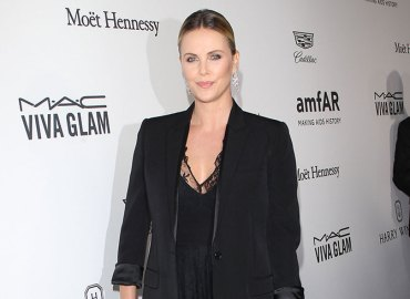 Charlize theron weight gain movie role charity gala