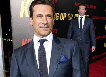Jon Hamm Keeping Up With The Joneses Premiere Red Carpet Rehab Booze Video