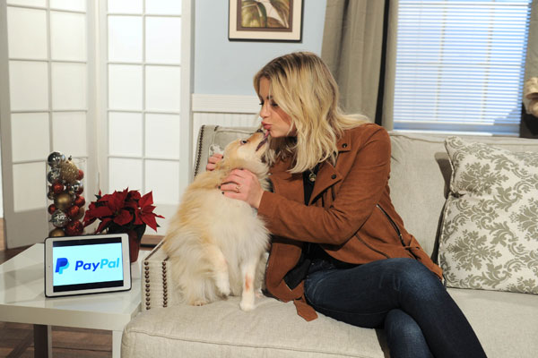 Actress Ashley Benson Joined PayPal on #GivingTuesday