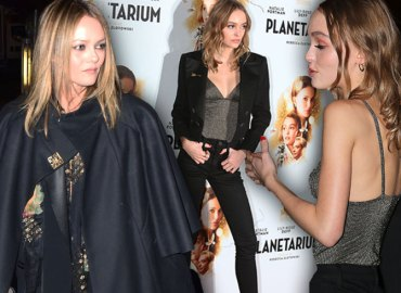 Johnny Depp Daughter Lily Rose Mom Vanessa Paradis Planetarium Video