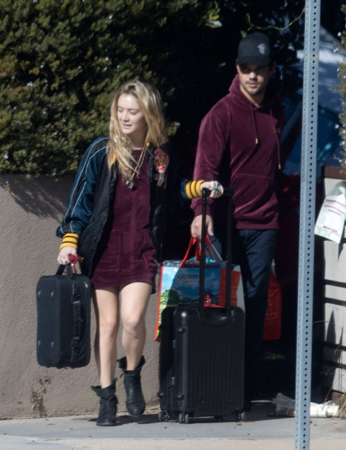 EXCLUSIVE: **PREMIUM EXCLUSIVE RATES APPLY** Billie Lourd leaves her Santa Monica home with rumored boyfriend Taylor Lautner, a day after the death of her mother, CarrieFisher.