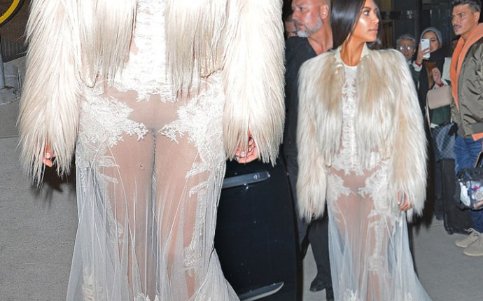 Kim Kardashian Kylie Kendall Jenner Lace See Through Pics 1