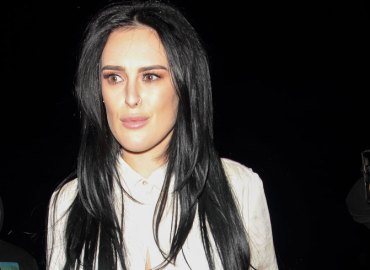 Rumer willis mother demi moore beauty plastic surgery star