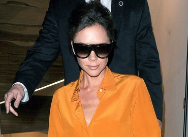 Victoria beckham scary skinny boney chest