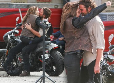 Bradley Cooper Lady Gaga making Out Kissing Star Is Born Movie Set Pics