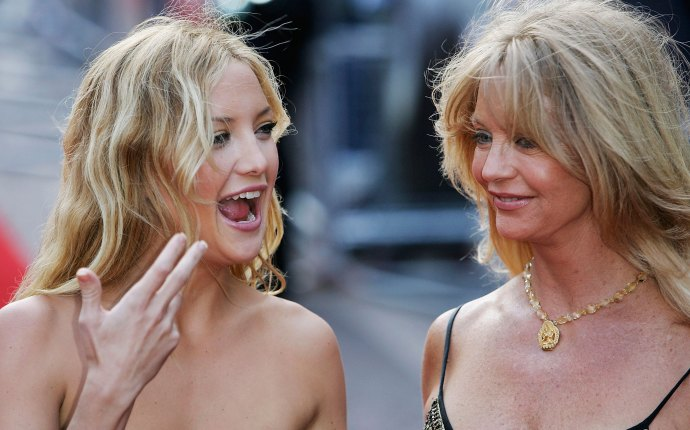 Celebrity mother daughter duos 03