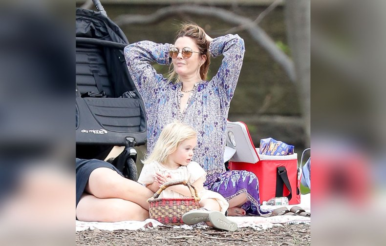 Drew Barrymore Divorce Kids Mystery Man Central Park Video