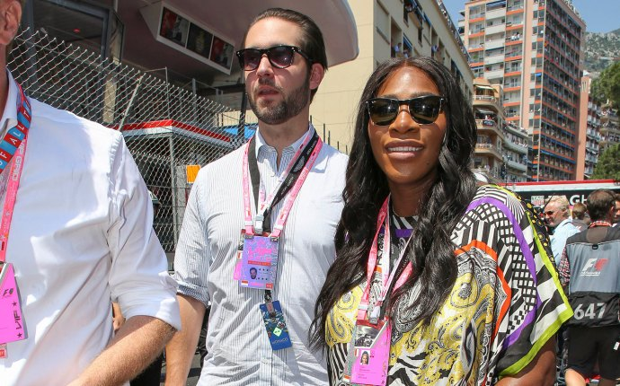 Serena williams pregnant fiance monaco