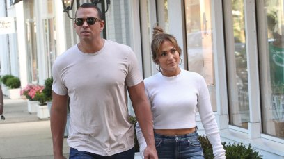 Jennifer lopez hamptons vacation alex rodriguez