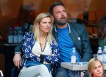 Lindsay shookus pregnant ben afflecks fourth child 44