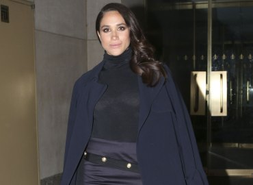 Meghan markle gives lease amid rumors shes moving uk
